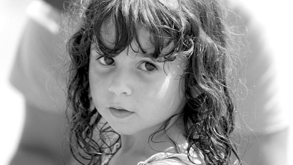 Reflexiones recordar tener presente consejos psicologia mentalidad consciencia chica morena infancia amora mirada dulce