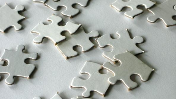 sabiduria inseguridad autoestima puzzle fichas descontrol piezas control gestion deepak chopra alan watts miedo terror ansiedad estres confianza buena suerte mala