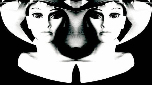 Proyeccion psicologica psicologia mujer maniqui reflejo rorschach humanista transpersonal guestalt gestalt psicoanalisis complejos traumas miedos ira enfado colera