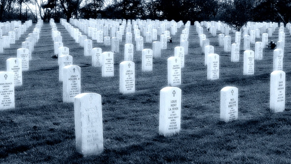 Zombies animicos emocionales pesimistas pesimismo energia vital cansancio tumbas asia cementerio miedo tristeza consejos combatir defenderse
